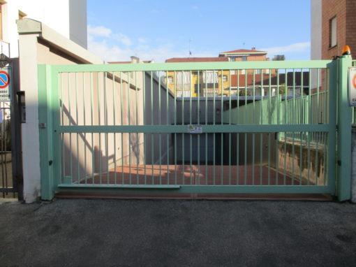 sistemazione cancello con nuovo motore faac